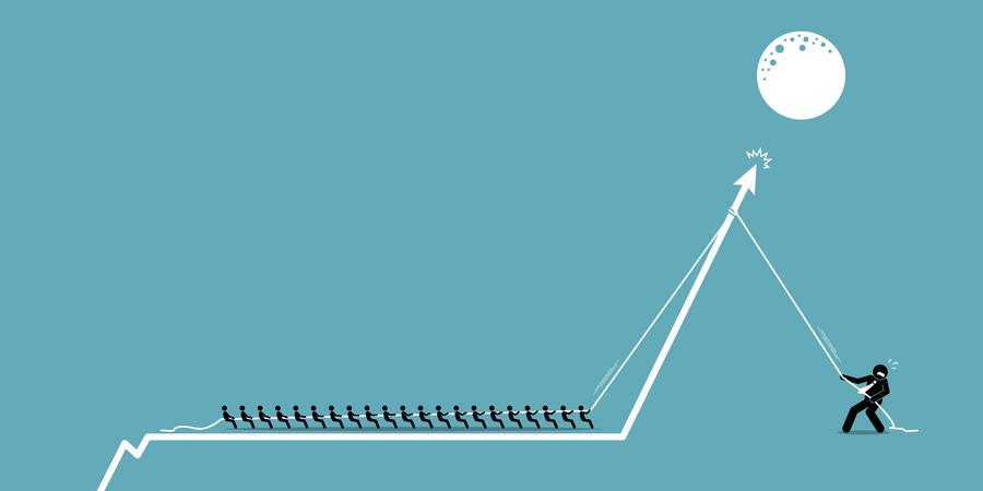 Retail investors versus institutional hedge fund investor in stock market Illustration